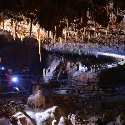 2.Aven Grotte Forestière visite famille avec lampes
