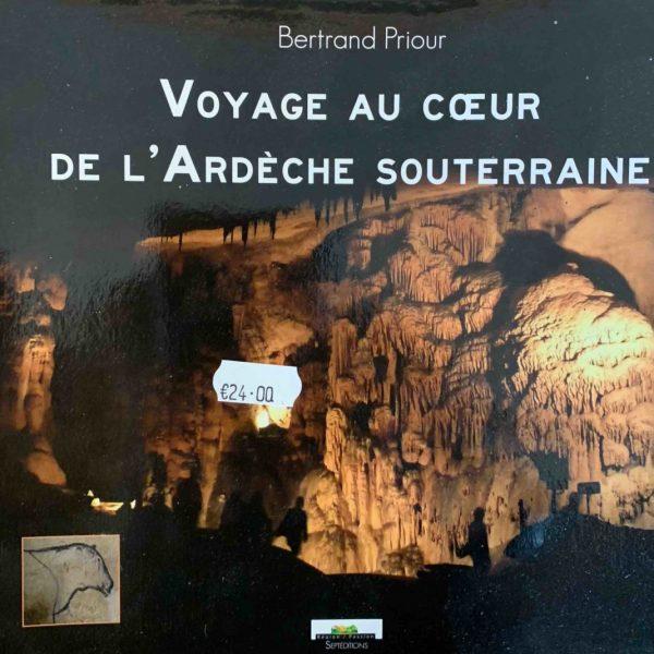Aven grotte forestière livres